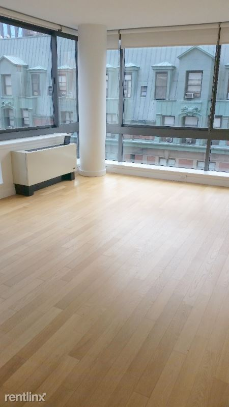 309 5th Ave, New York, NY - 6,900 USD/ month