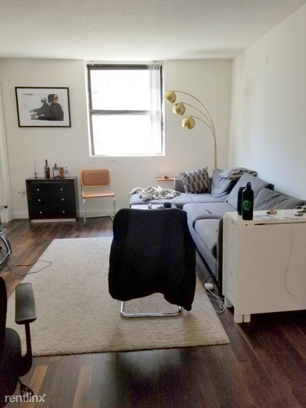141 E 31st St, New York, NY - 6,690 USD/ month