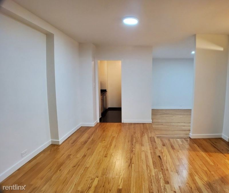85 4th Ave, New York, NY - 4,690 USD/ month