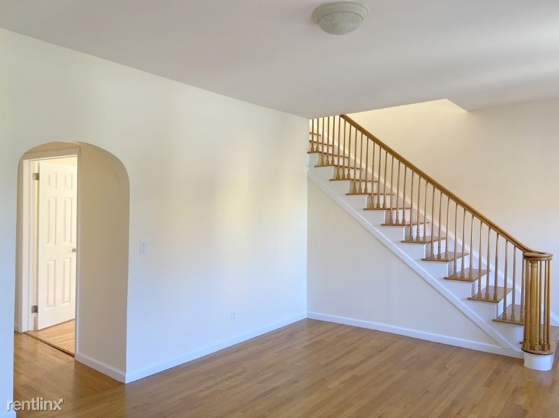 210 Grand St, New York, NY - 7,890 USD/ month
