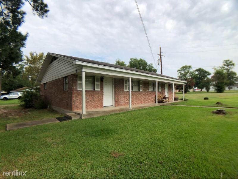 2904 Archer St 4, Huntsville, TX - 795 USD/ month
