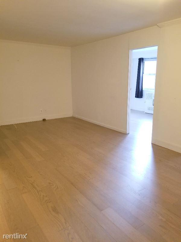 160 E 27th St, New York, NY - 6,300 USD/ month