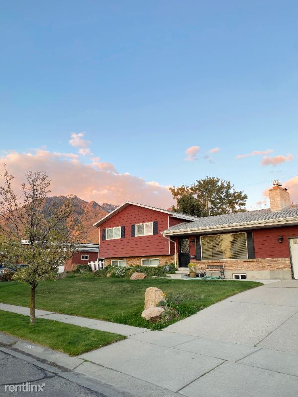 6329 S Howey Dr Top, Holladay, UT - 2,600 USD/ month
