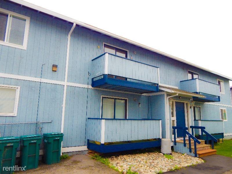5741 Rocky Mountain Ct A, Anchorage, AK - 1,000 USD/ month