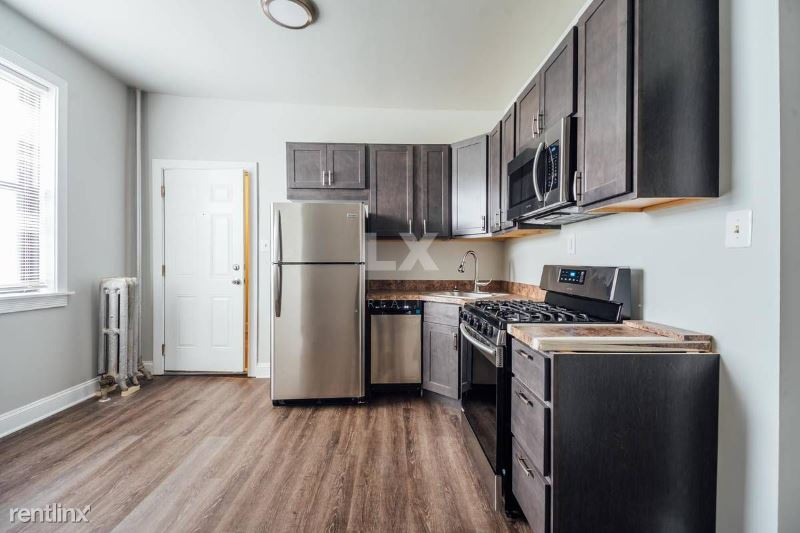 6214 S Dorchester Ave, Chicago, IL - 1,695 USD/ month