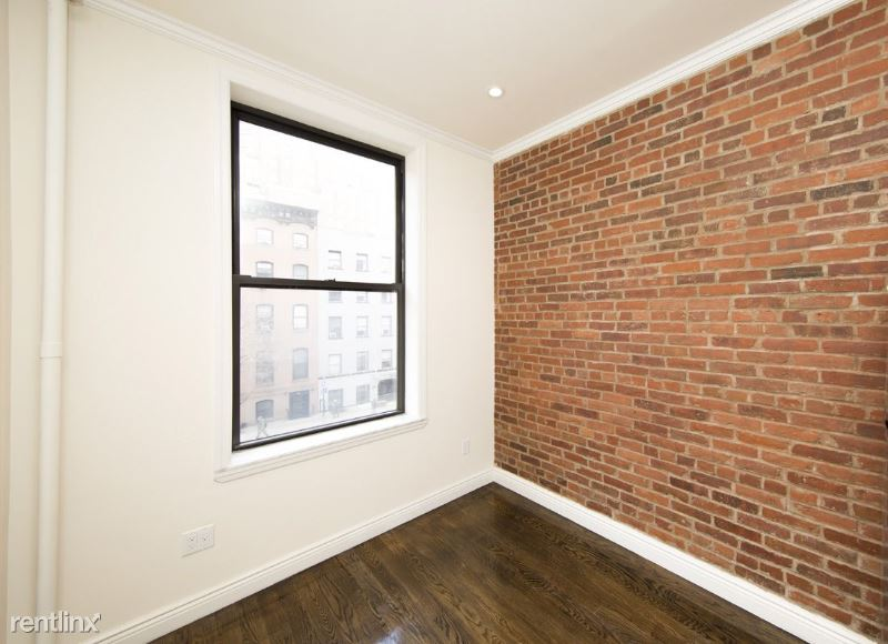 West 14th Street, New York, NY - 1,550 USD/ month