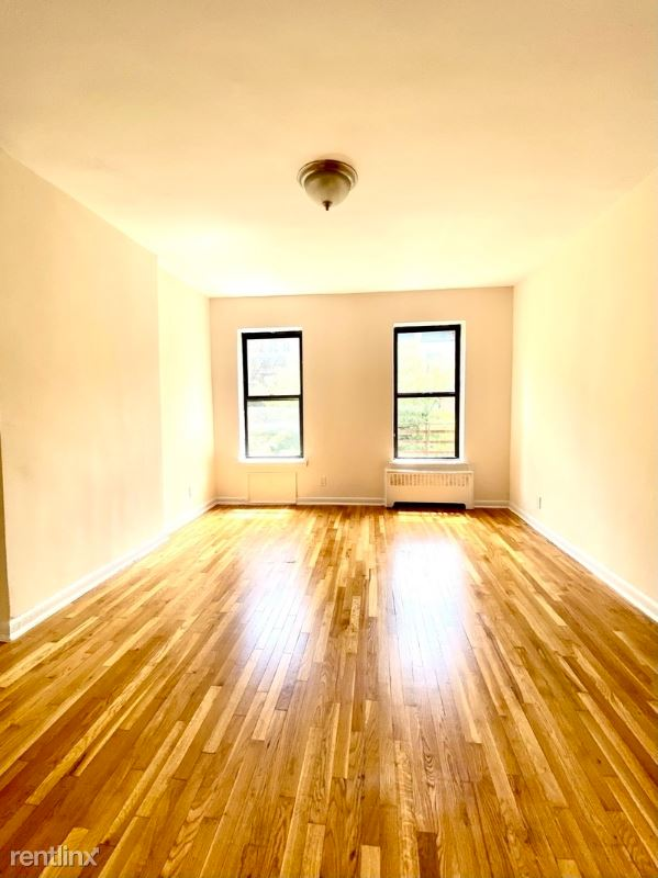 521 E 82nd St 2D, New York, NY - 1,520 USD/ month