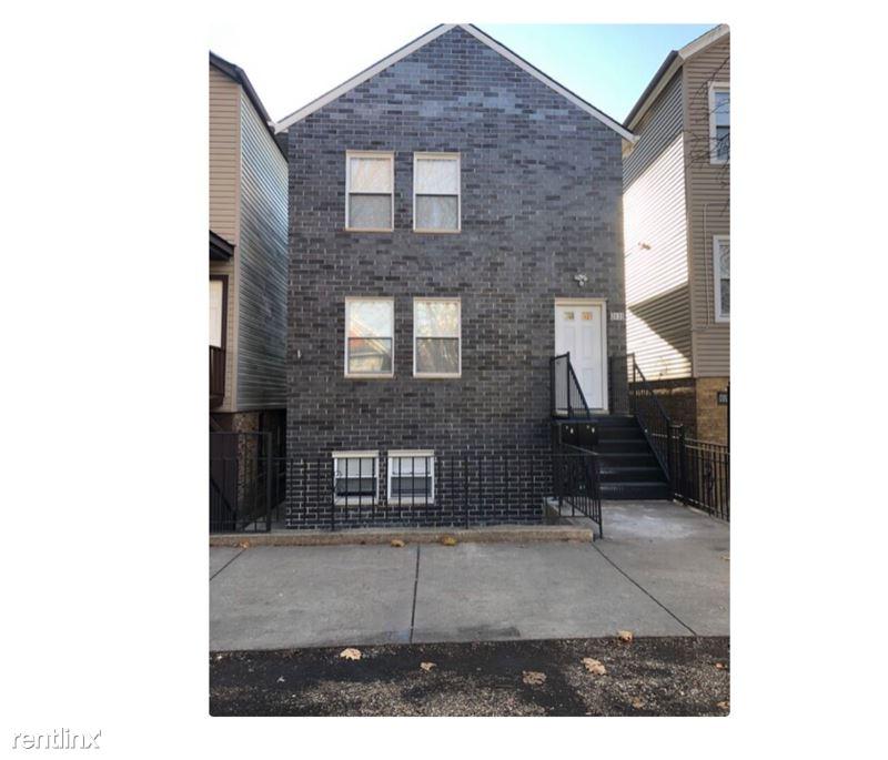 2631 W 23rd Pl 1, Chicago, IL - 2,300 USD/ month