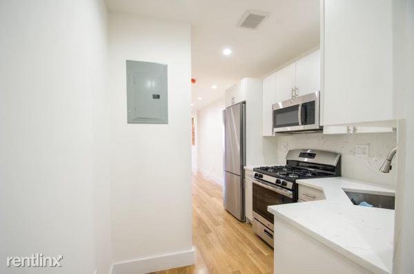 330 E 106th St 2, New York, NY - 2,450 USD/ month