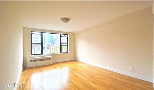 West 48th Street, New York, NY - 2,150 USD/ month