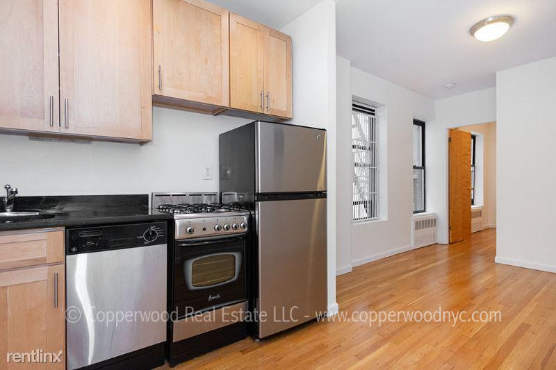 444 E 81st St 8, New York, NY - 1,966 USD/ month