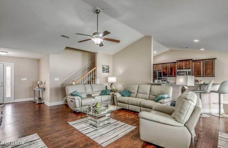 148 Cloey Rd, Myrtle Beach, SC - 1,850 USD/ month