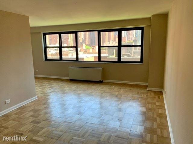 305 E 86th St, New York, NY - 2,842 USD/ month