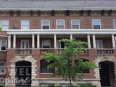 5001 S Drexel Ave, Chicago, IL - 1,400 USD/ month