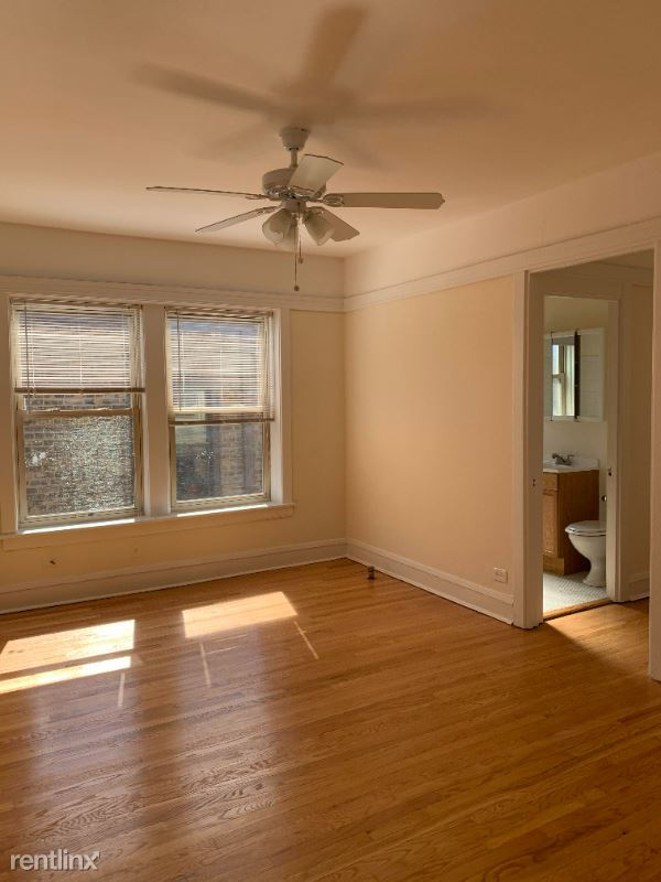 523 W Brompton Ave, Chicago, IL - 985 USD/ month