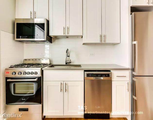 6731 N California Ave 2N, Chicago, IL - 950 USD/ month