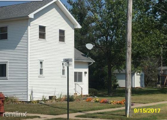 Oak St, Minonk, IL - 530 USD/ month
