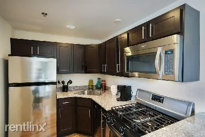 N Sheridan Rd, Chicago, IL - 1,855 USD/ month