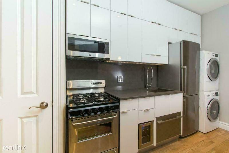 102 E 7TH ST, New York, NY - 4,495 USD/ month