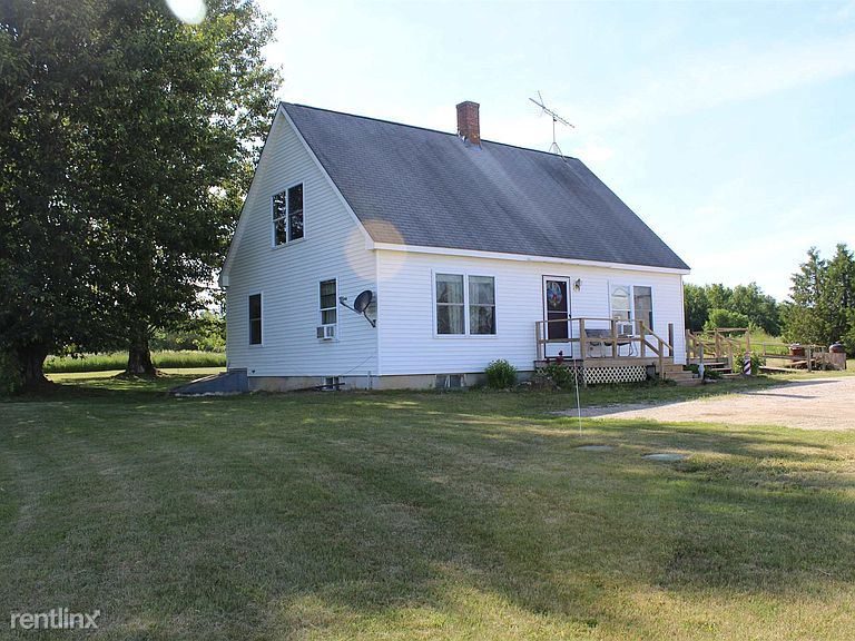 22 Griswold Ln, Orwell, VT - 900 USD/ month