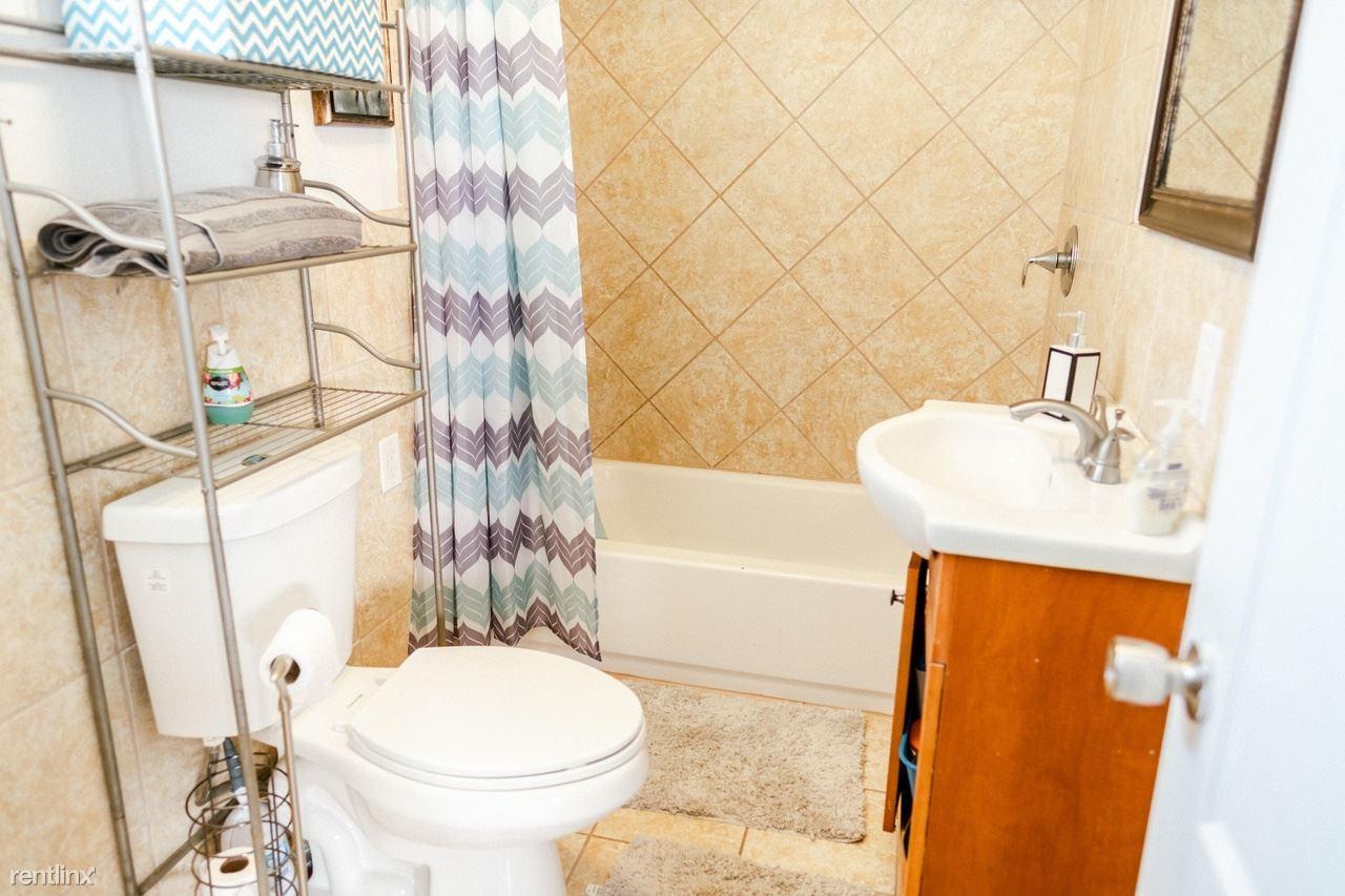 1740 Gerald Ave SE, Albuquerque, NM - 845 USD/ month