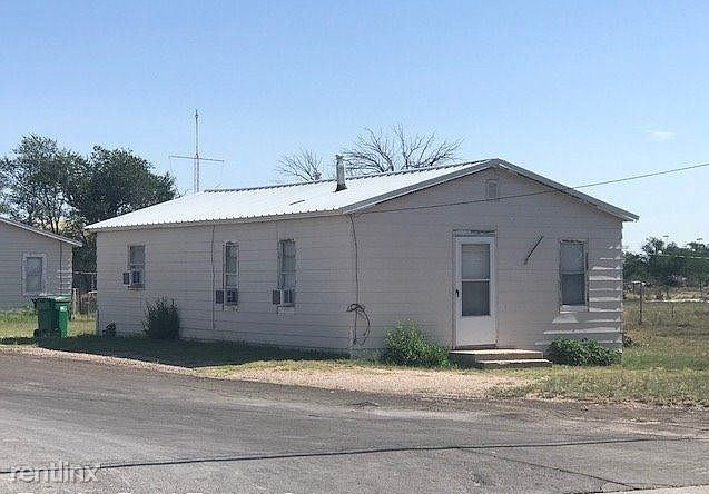 500 E Stanolind Rd, Hobbs, NM - 850 USD/ month