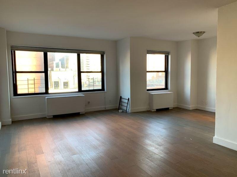 132 E 35th St, New York, NY - 4,100 USD/ month