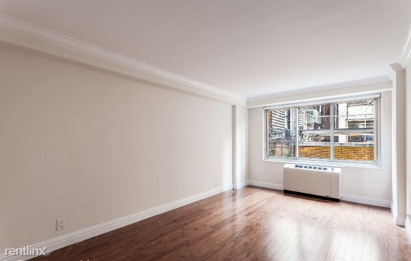 7 E 14th St, New York, NY - 4,250 USD/ month