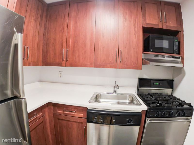 107 E 63rd St 5A, New York, NY - 3,950 USD/ month