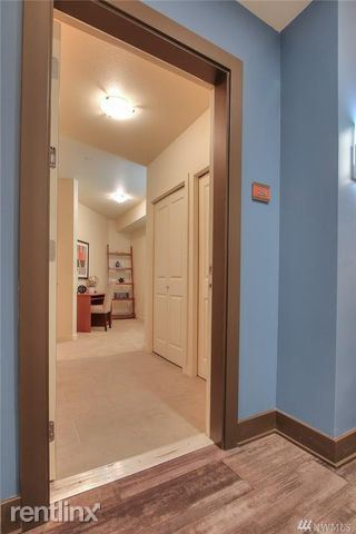 5440 Leary Ave NW, Seattle, WA - 1,200 USD/ month