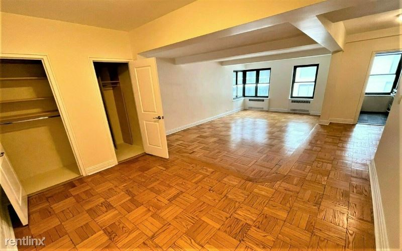 141 E 56th St 5A, New York, NY - 3,020 USD/ month