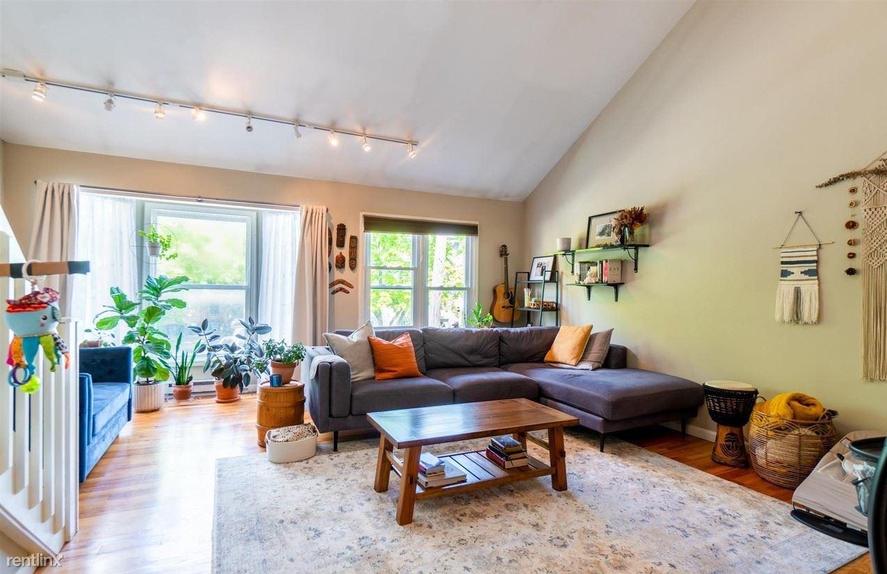 200 Jefferson St, Albany, NY - 1,350 USD/ month