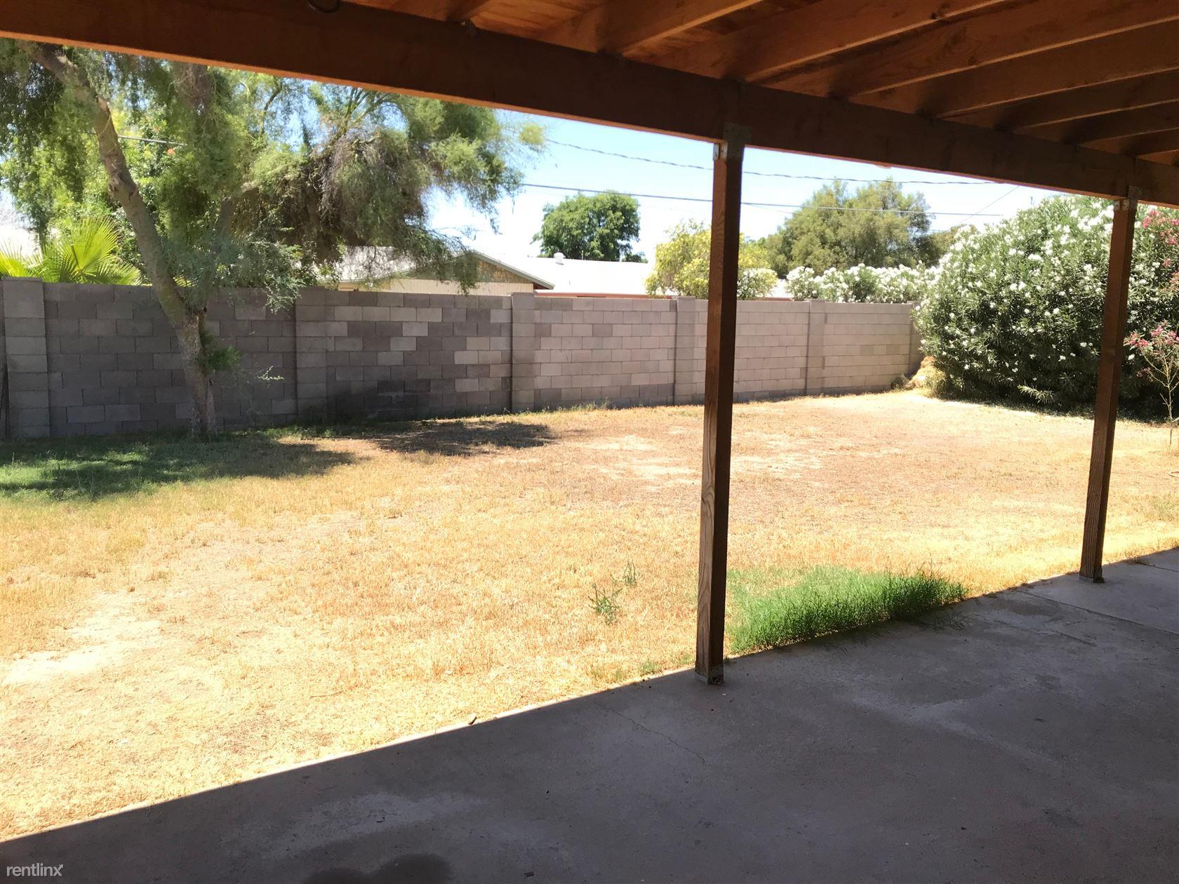 313 E El Camino Dr, Phoenix, AZ - 1,645 USD/ month