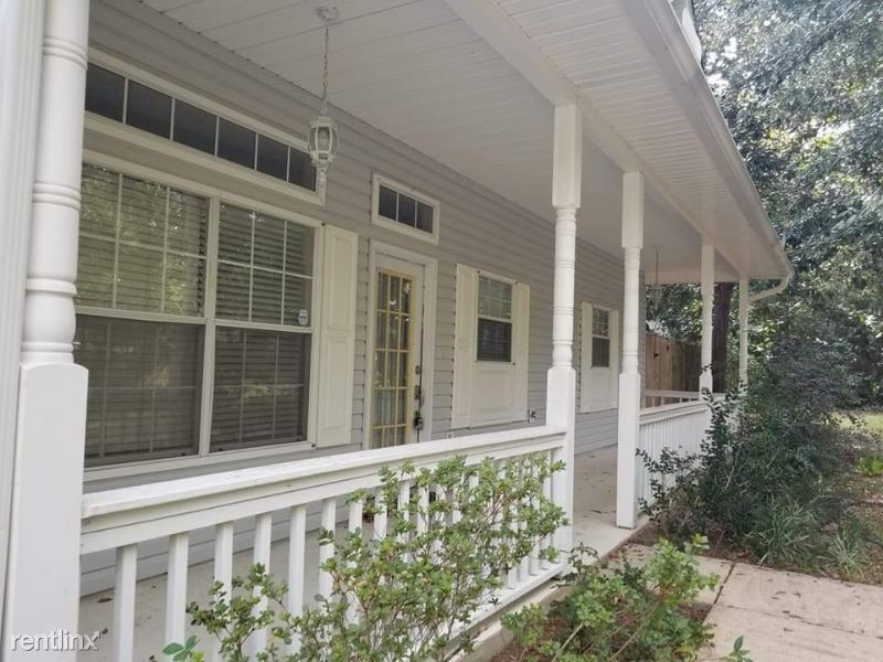 9301 Blueberry Dr, Ocean Springs, MS - 1,500 USD/ month