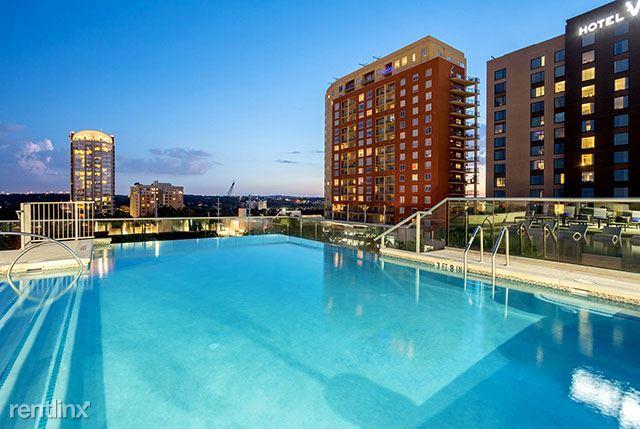 Rainey St, Austin, TX - 1,569 USD/ month