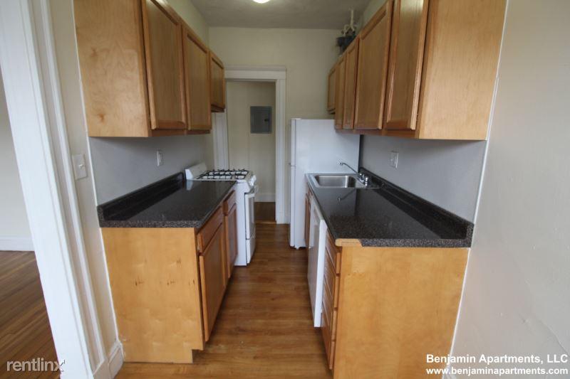 1171 Boylston St 04, Boston, MA - 1,625 USD/ month