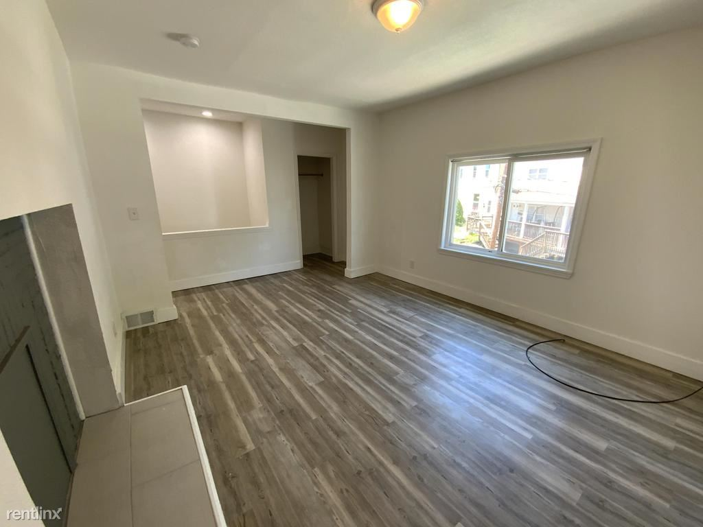 473 Norton Street Unit 2, Pittsburgh, PA - 1,100 USD/ month