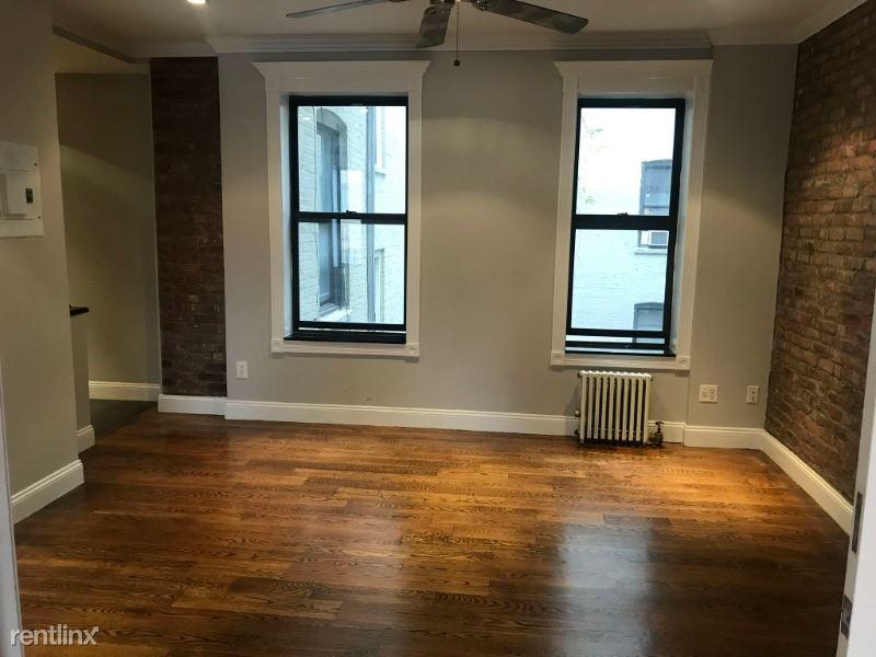 330 E 100th St 5A, New York, NY - 3,387 USD/ month