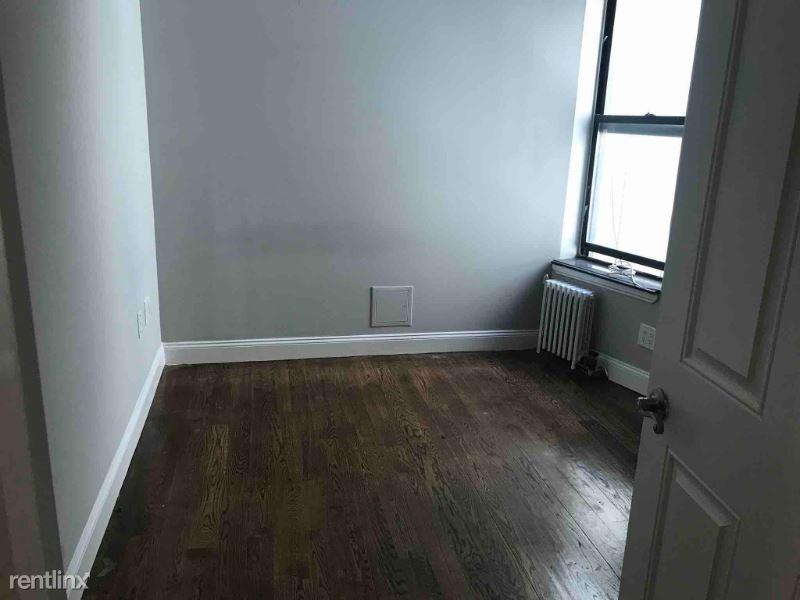 326 E 100th St 2A, New York, NY - 3,387 USD/ month