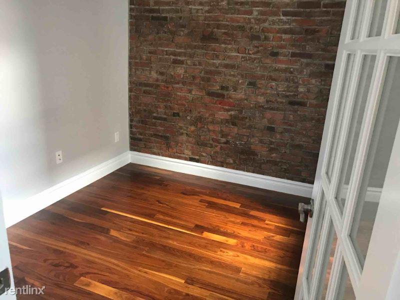 1590 Lexington Ave 20, New York, NY - 2,195 USD/ month