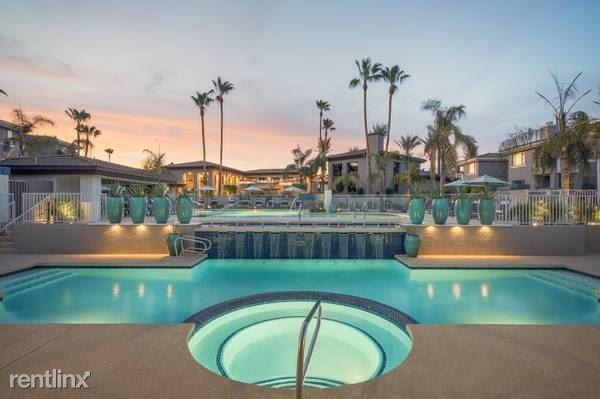 E Greenway Pkwy, Scottsdale, AZ - 1,999 USD/ month