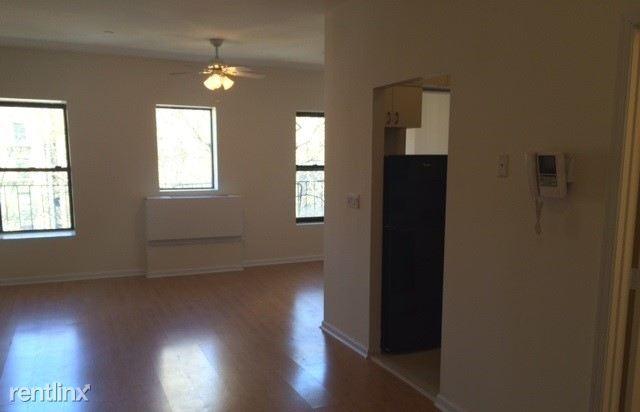 342 W 47th St, New York, NY - $2,500
