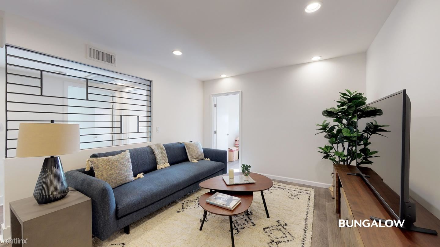 748 Wilcox Ave, Los Angeles, CA - 1,115 USD/ month
