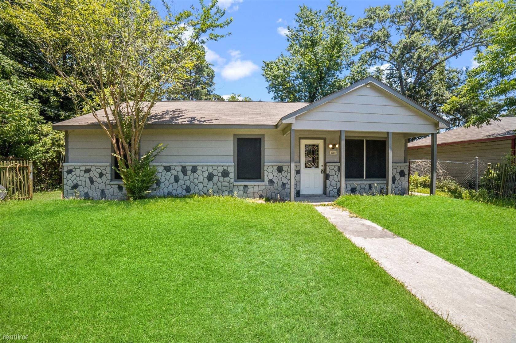 6203 Gaston St, Houston, TX - 1,450 USD/ month