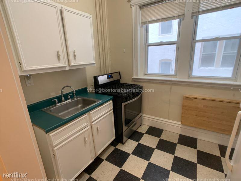 1109 Boylston St, Boston, MA - 3,250 USD/ month