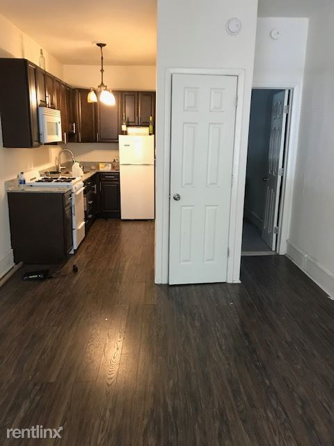 2118 Green St, Philadelphia, PA - 950 USD/ month