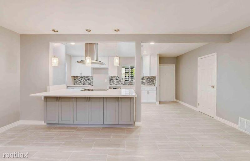 4809 N 31st St, Phoenix, AZ - 4,200 USD/ month