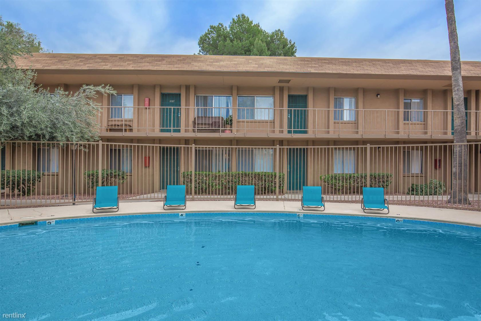 3041 N Country Club Rd - 655USD / month