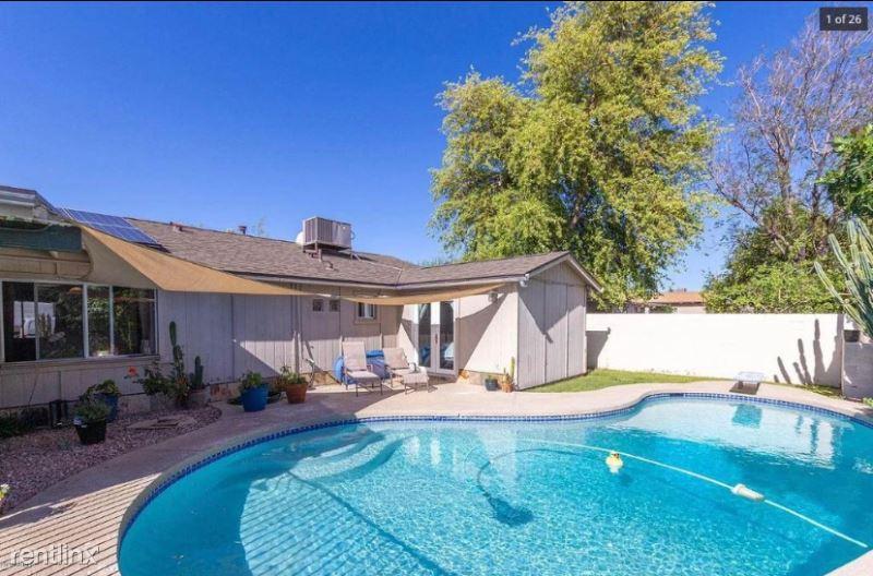 3717 E Evans Dr, Phoenix, AZ - 2,800 USD/ month