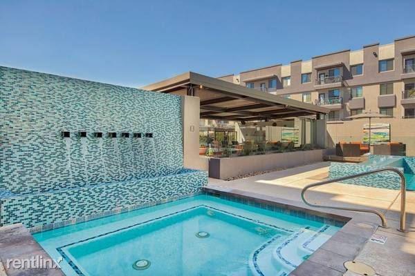 West Filmore, Phoenix, AZ - 2,161 USD/ month